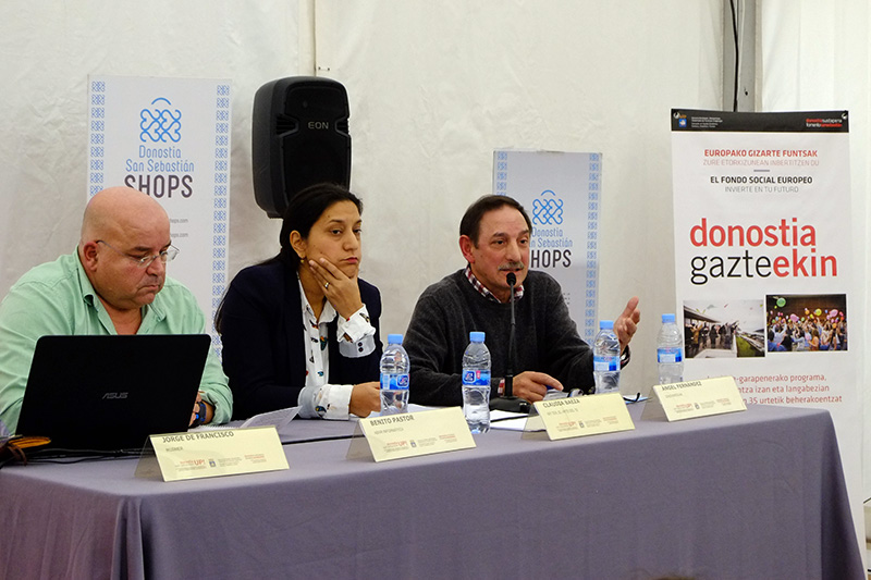 Sesión organizada por Sshops Donostia con comercios de la ciudad. Foto: Santiago Farizano