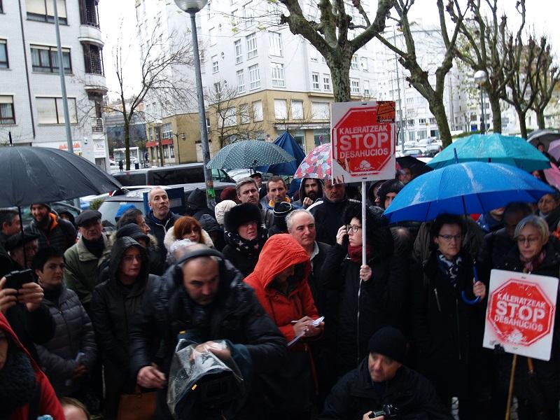 Reciente concentración de Stop Desahucios. Foto: Stop Desahucios