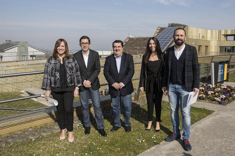 Yolanda Perdomo, Joxe Mari Aizega, Ernesto Gasco, Isabel Muela y Denis Itxaso. Foto: BCC.