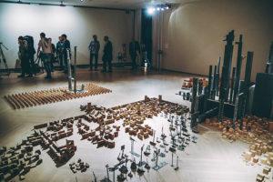 IMG7527 300x200 - Las arqueologías imaginadas por Miquel Navarro llegan a Donostia por primera vez
