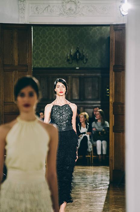 Imagen del desfile de moda sostenible en el Palacio MIramar. Foto: Santiago Farizano