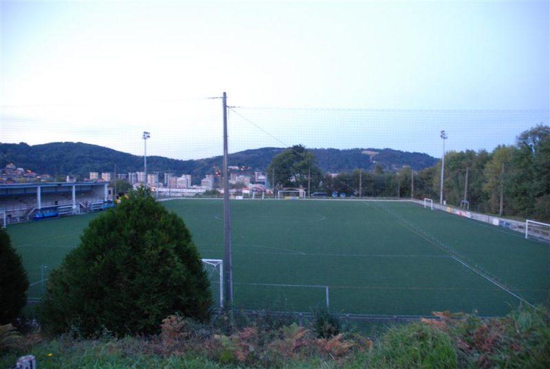 Imagen del campo de fútbol de Herrera, que será sustituido. Foto: Donostiakirola.eus