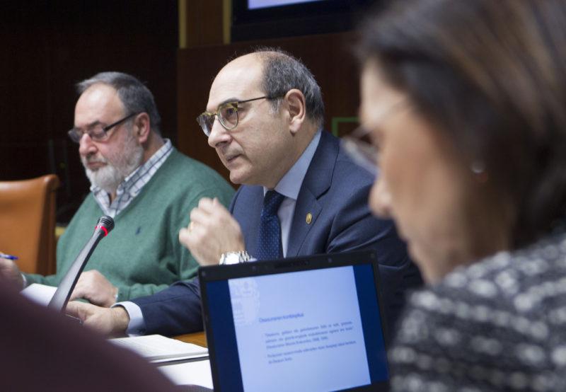 El ya exconsejero de Salud, Jon Darpón, en una imagen de archivo. Foto: Gobierno vasco