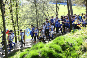 Foto Amets Bat 3 300x200 - Más de 200 niños visitan Zubieta y pasan el día con la Real