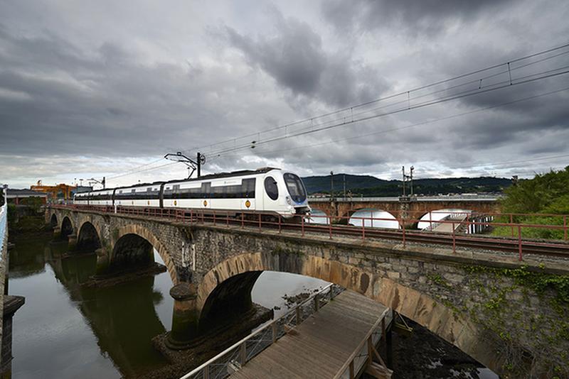Puente Internacional de Hendaya. Foto: Euskotren