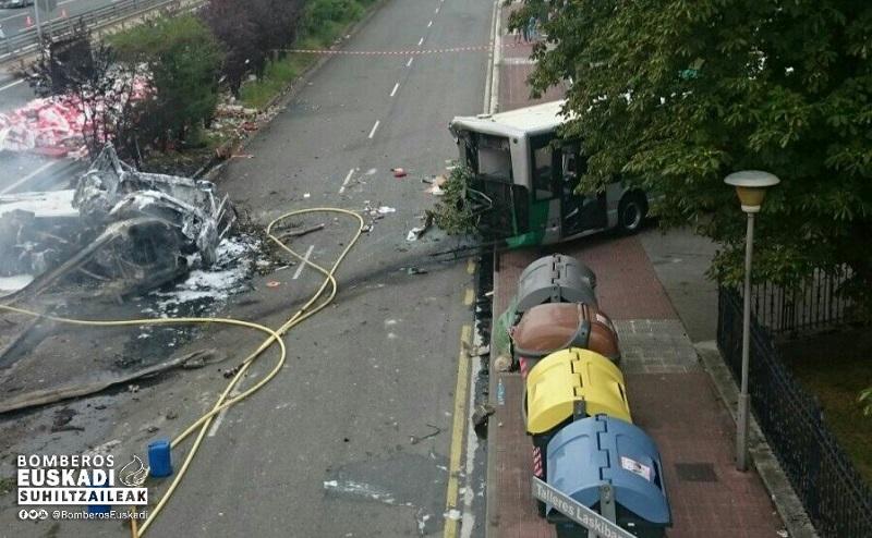 Imagen del resultado del accidente del pasado viernes. Foto: Bomberos