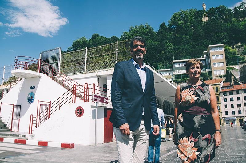 Eneko Goia y Arantxa Tapia, hoy, en el Puerto.Foto: Santiago Farizano