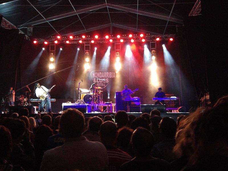 Kenny Neal en el concierto del viernes. Foto: Alberto Rincón