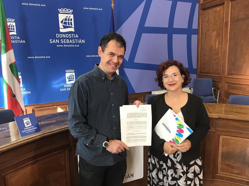 Los concejales Ricardo Burutaran y Amaia Almirall. Foto: EH Bildu