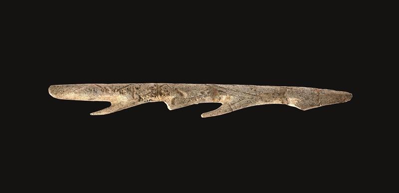 Arpón de asta de cérvido (14.550-8.850 a. C.), hallado en el yacimiento de Urtiaga (Deba).