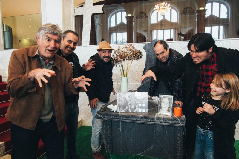 Paul Urkijo y el equipo de Errementari el día de la inauguración de la Semana. Foto: Santiago Farizano