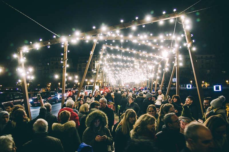 Luces navideñas en Donostia. Foto de archivo: Santiago Farizano