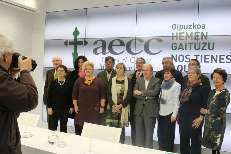 Parte del equipo de AECC. Foto: Twitter Maite Peña