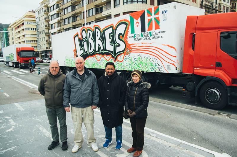 Misión cumplida. Los camiones partirán mañana hacia los campamentos. Foto: Santiago Farizano