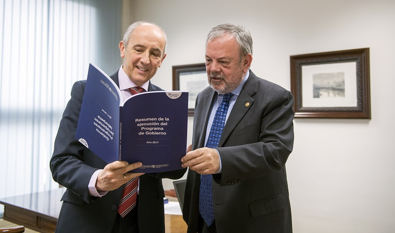 Josu Erkoreka y Pedro Azpiazu. Foto: Gobierno vasco