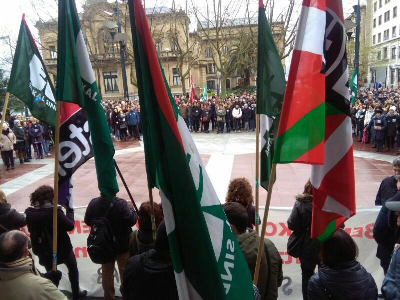 Imagen de la concentración de la enseñanza concertada en el Boulevard el pasado 20 de marzo. Foto: A.E.