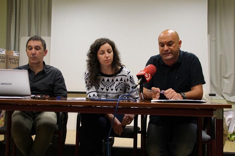 Representantes de los ayuntamientos de Hernani, Usurbil y Oiartzun. Foto: Ayto. de Hernani