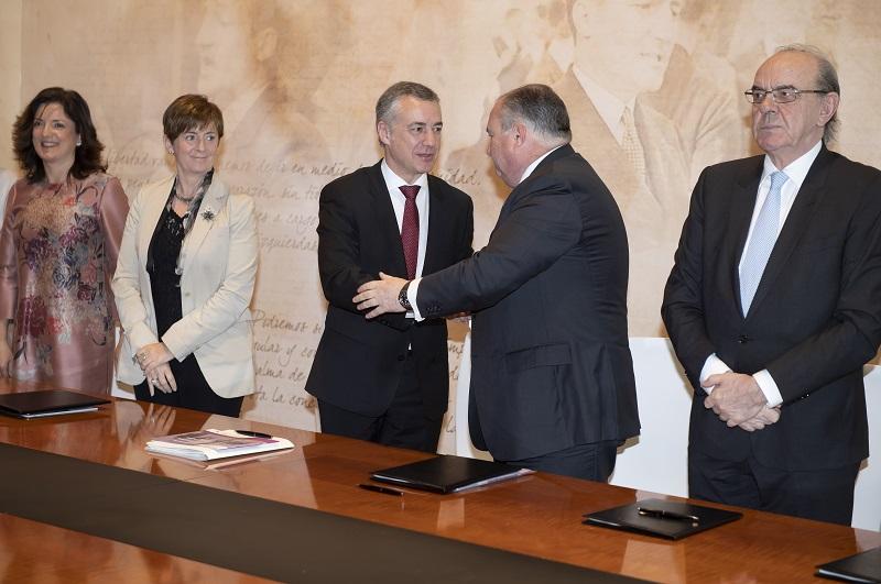 Iñigo Urkullu y Roberto Larrañaga. Foto: Gobierno vasco