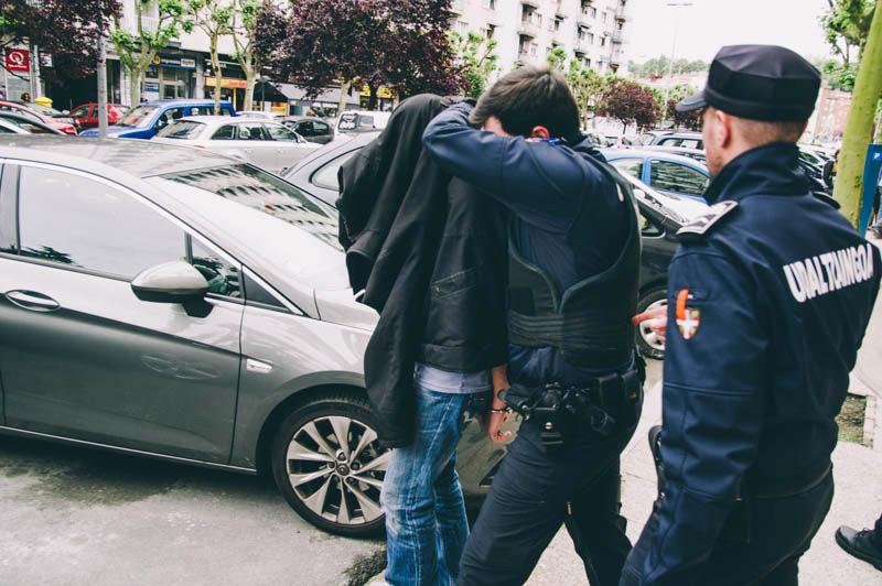 Detención (por unas horas) de Emilio Indart el pasado 16 de mayo. Foto: Santiago Farizano