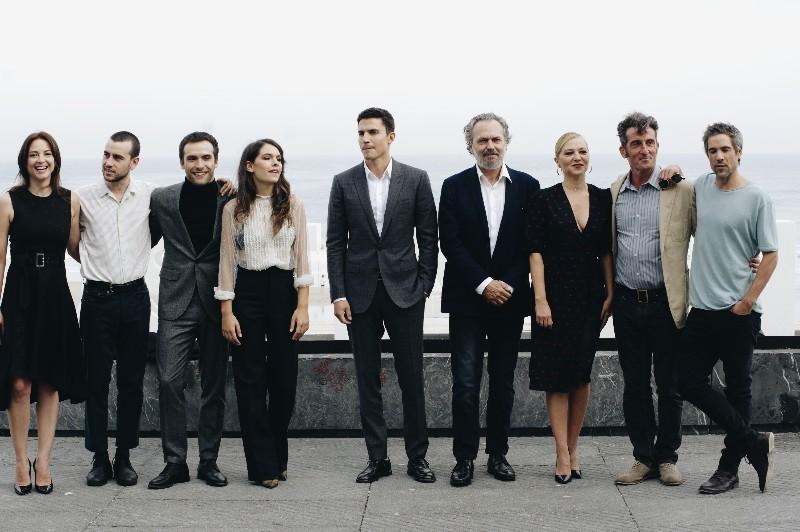 El equipo de 'Vivir si permiso'. Fotos: Santiago Farizano