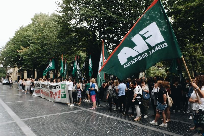 Manifestación del pasado 27 frente a la Diputación. Foto: Santiago Farizano
