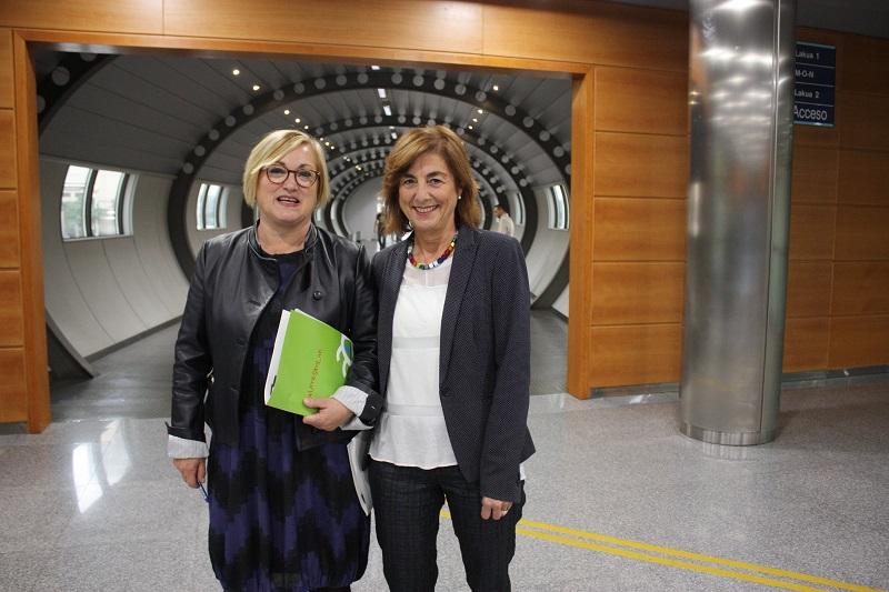 Maite Larrañaga y Cristina Uriarte. Foto: Gobierno vasco
