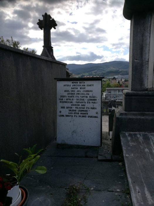 Panteón de Zumarraga donde la familia de Antonio quiere que éste sea enterrado. Foto: DonostiTik