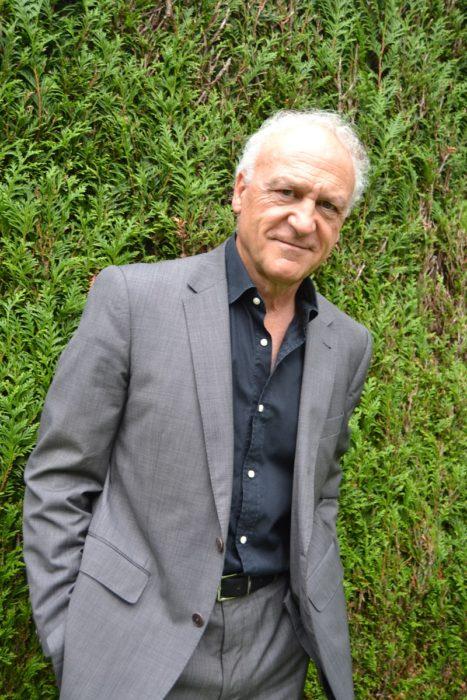 El autor de la novela, José Luis Vélaz.