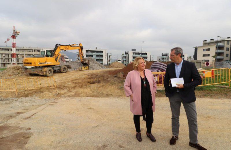 Aintzane Oiarbide y Markel Olano en el lugar de las obras. Foto: Diputación