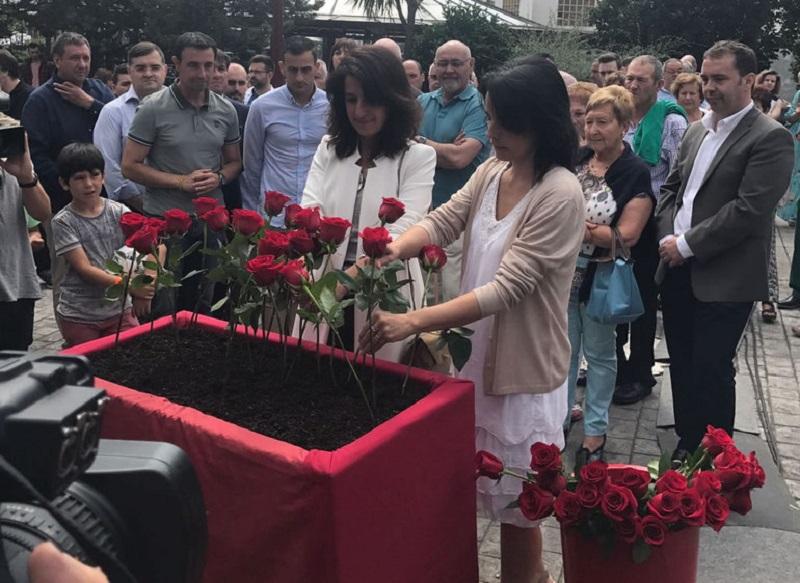 Homenaje este pasado julio a los asesinados Miguel Ángel Blanco y Sotero Mazo.Foto: Gobierno vasco