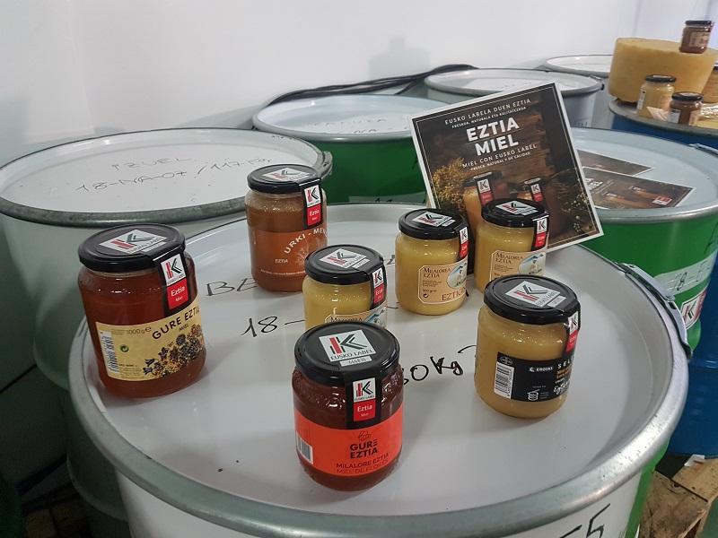 Un cuarto de siglo de miel con Eusko Label. Foto: www.hazi.eus.