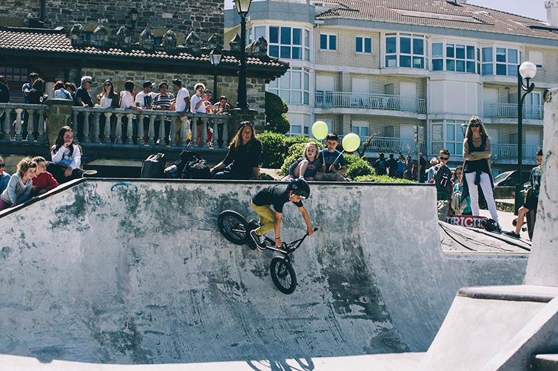 Las rampas dan juego más allá del propio skate. Foto: Santiago Farizano