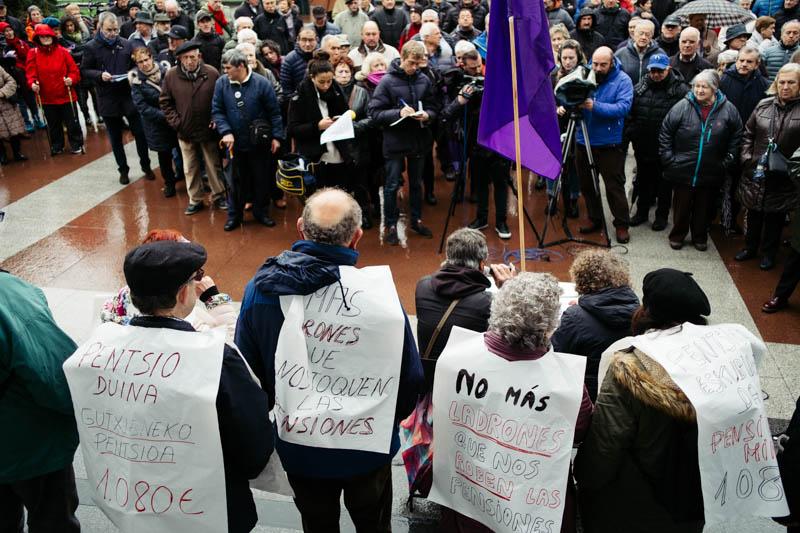 Acto de primer aniversario del movimiento de pensionistas: Fotos: Santiago Farizano.