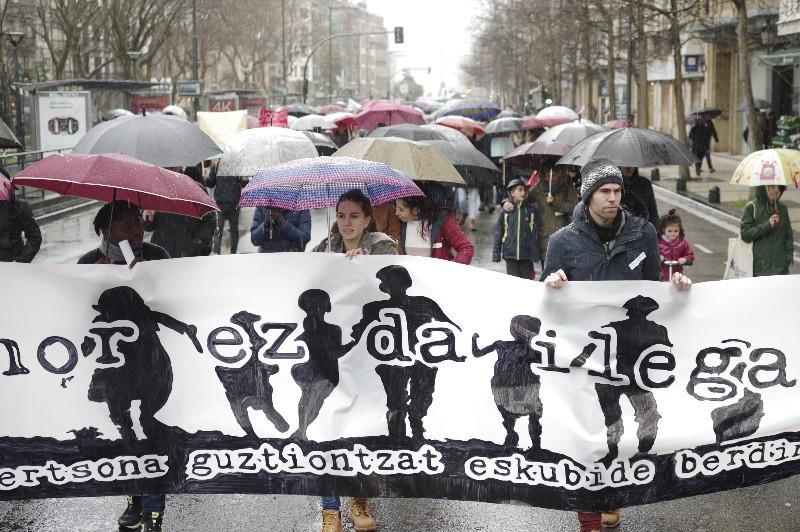Manifestación contra el racismo. Fotos: Santiago Farizano