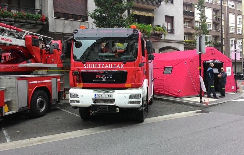 Operativo de los bomberos en Bergara. Foto: Bomberos Euskadi (vía Twitter).