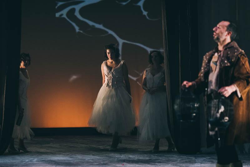 Fotos del ensayo de 'La flauta mágica' en el Kursaal. Santiago Farizano