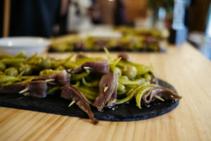 DSCF1291 300x200 - Quedan acreditados los pintxos más 'redondos' de los mejores bares de Donostia