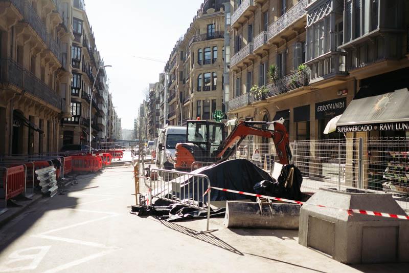 Obras del metro en la calle Easo. Foto: Santiago Farizano