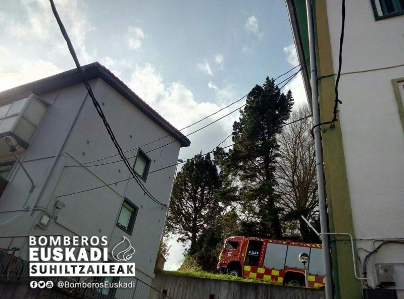 Actuación esta mañana en Zumaia. Foto: Bomberos de Euskadi