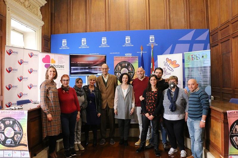 Presentación de la iniciativa Bideak Zabalduz. Foto: Ayto