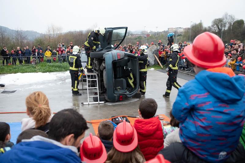 Jornada de puertas abiertas en los bomberos. Fotos: Santiago Farizano