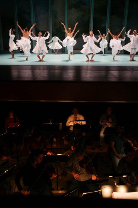 Ensayo de la obra en el Kursaal. Fotos: Santiago Farizano