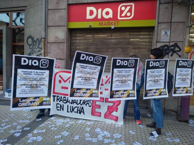 Cierre en uno de los supermercados DIA de la capital gipuzkoana. Foto: ELA Donostia.