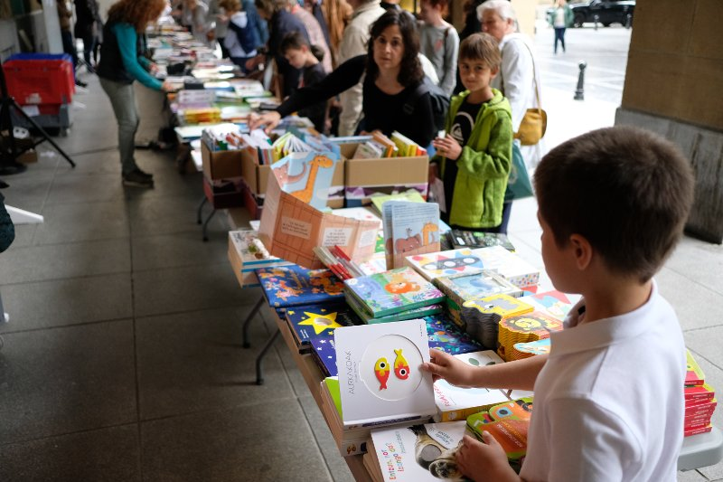 Feria del libro 2019 en la plaza Gipuzkoa. Fotos: Santiago Farizano