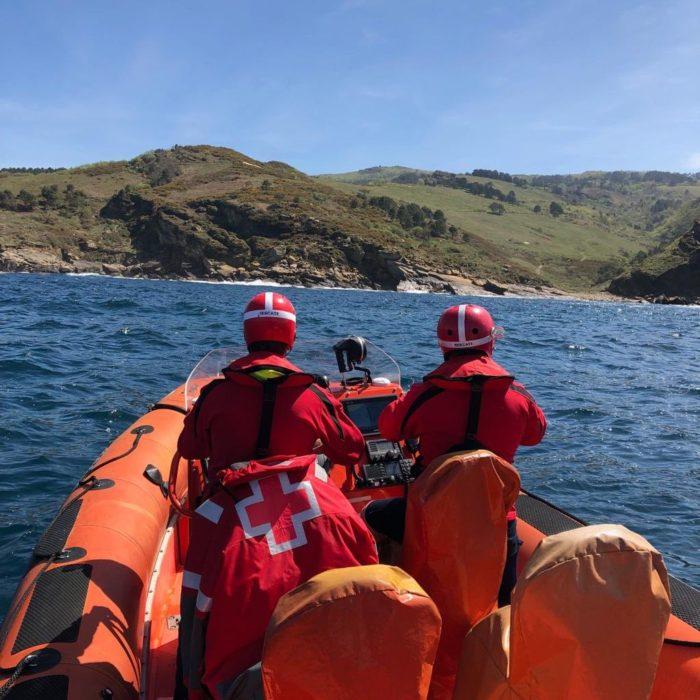 Cruz Roja en la búsqueda del pescador navarro desaparecido. Foto: Cruz Roja Hondarribia