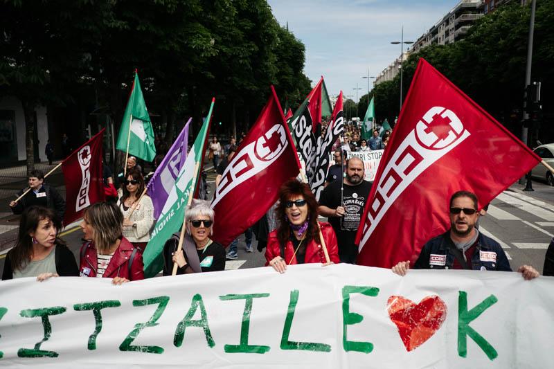 Manifestación desde el Centro a Kristau Eskola, en Amara. Fotos: Santiago Farizano