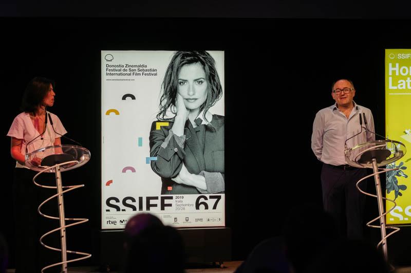 Presentación del cartel oficial del 67 festival de cine con Penélope Cruz como protagonista. Fotos: Santiago Farizano