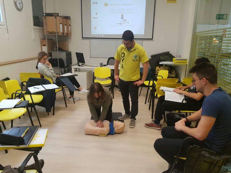 Imagen de un curso de primeros auxilios. Foto: DYA