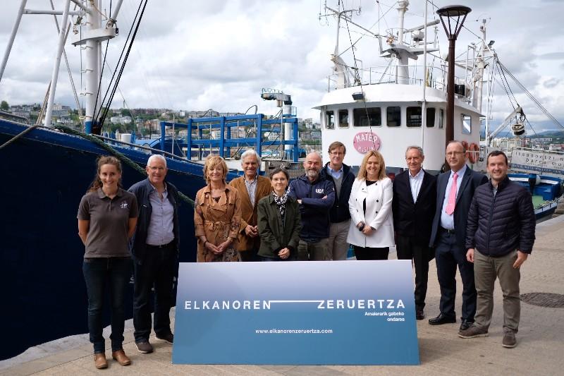 Presentación de actividades de Horizonte Elcano hoy en el Puerto donostiarra. Fotos: Santiago Farizano