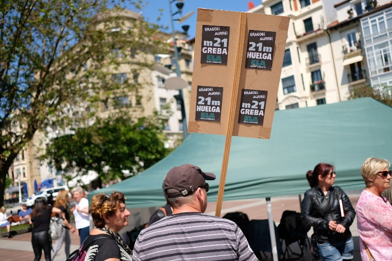 Acampada de las trabajadoras en el Boulevard la pasada semana. Foto: Santiago Farizano